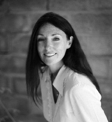Fiona Lindsay 360x394